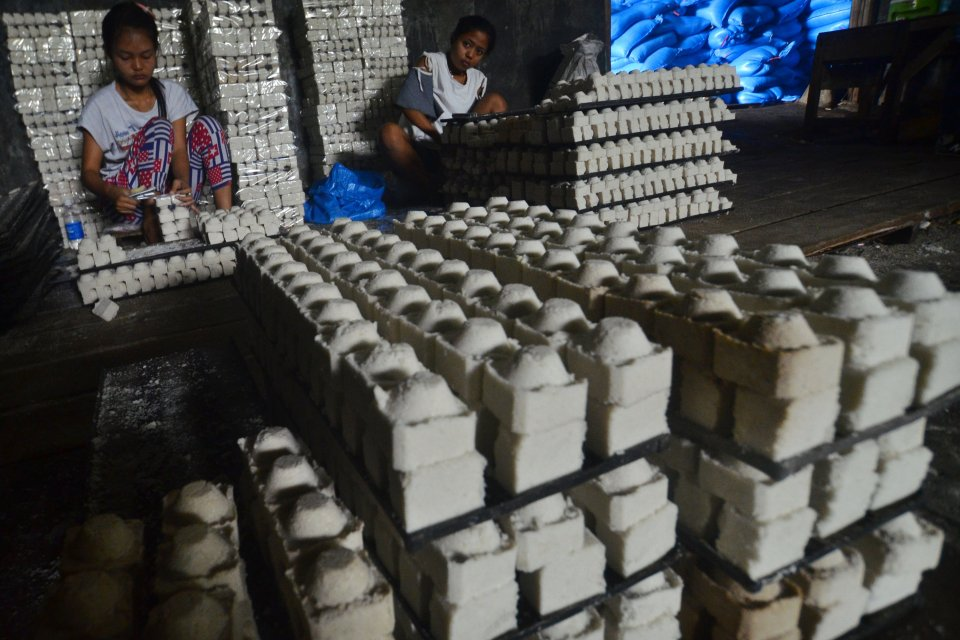 impor garam, impor garam industri, realisasi impor garam, makanan dan minuman, petani garam, petambak garam