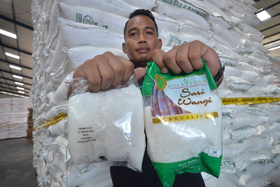 Belum Ada Izin Impor, Perusahaan Gula Rafinasi Berhenti Beroperasi