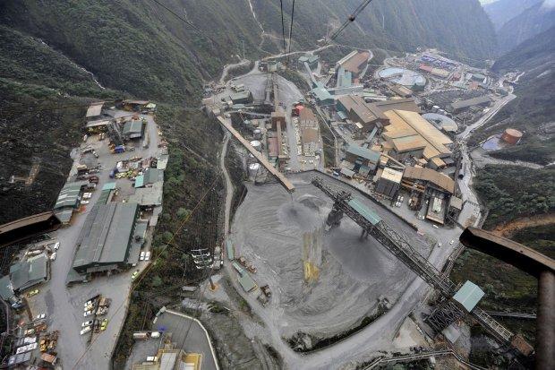 smelter, freeport, pertambangan, esdm, arifin tasrif