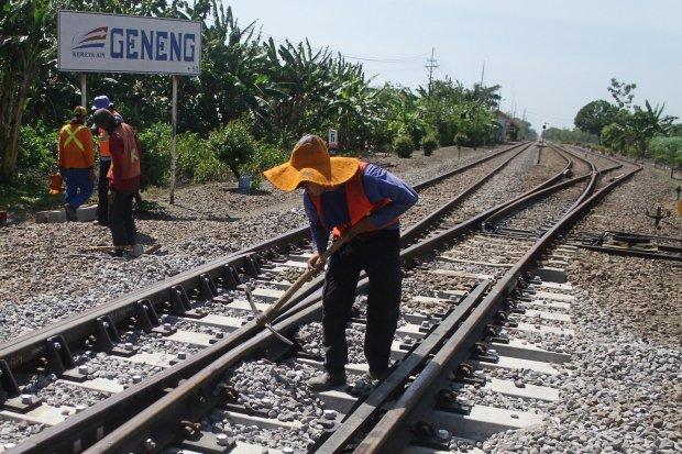 jalur rel kereta api