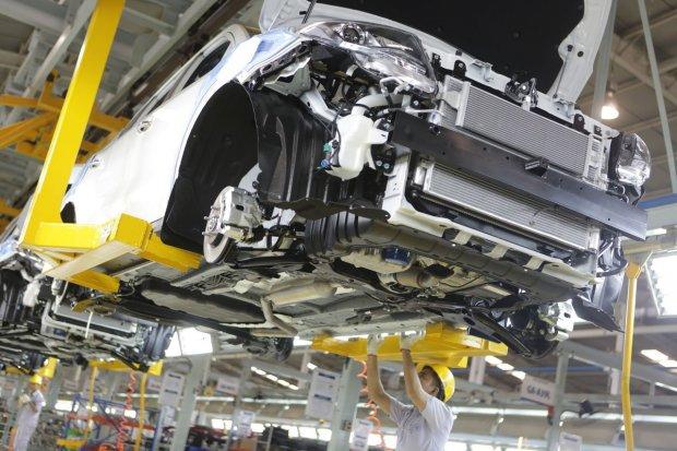Pabrik Mobil Sokon