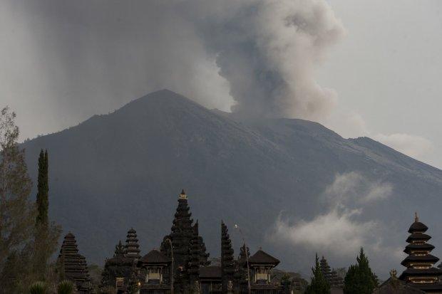 erupsi Gunung Agung di Bali
