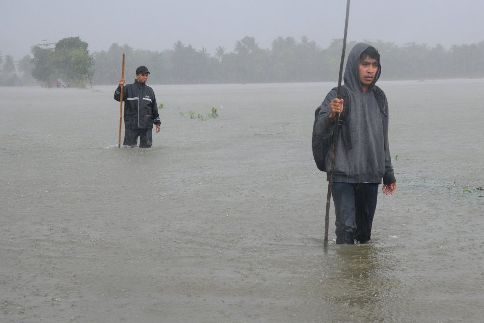 bencana banjir, trans sulawesi, jembatan Dampala