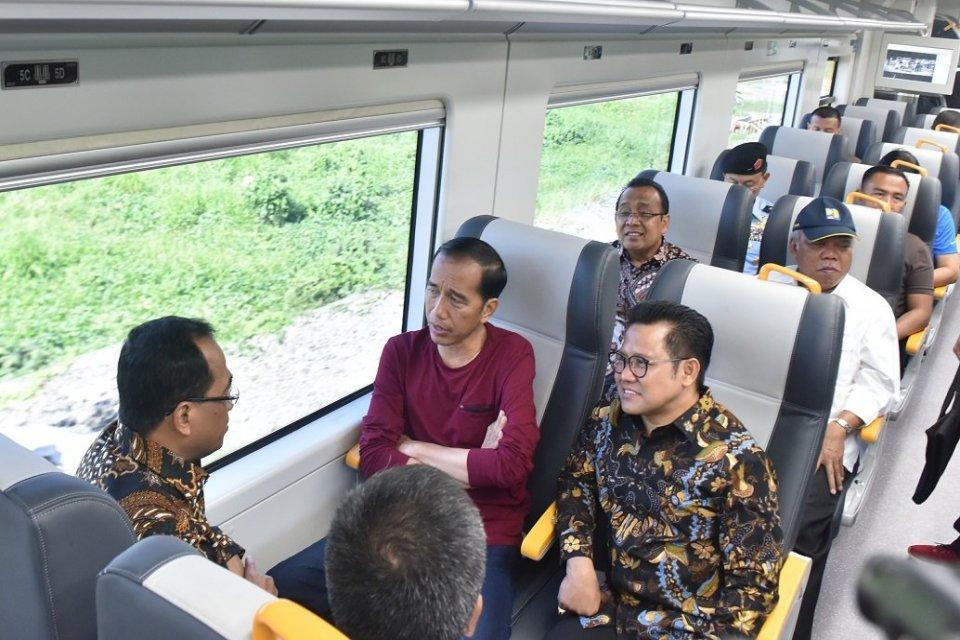 Presiden Jokowi Jajal Kereta Bandara Soekarno Hatta