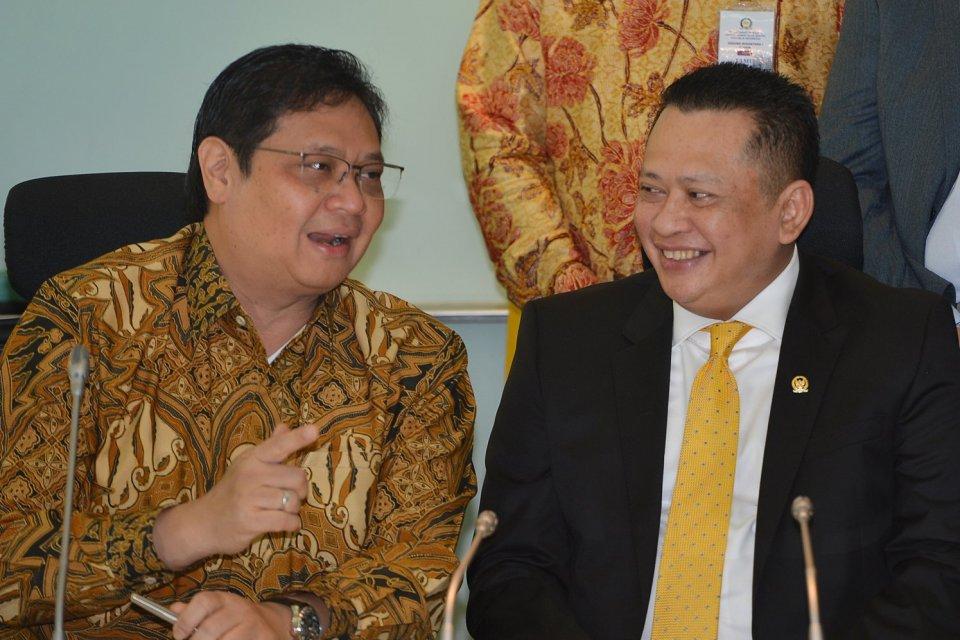 Munas Golkar, Pemilihan Ketum Golkar, Bambang Soesatyo dan AIrlangga Hartanto