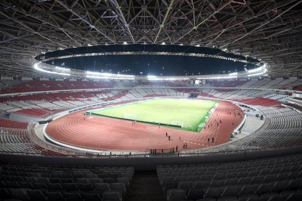 Suasana Stadion Utama Gelora Bung Karno, Jakarta, Sabtu (13/1) malam. GBK yang baru direnovasi menjelang Asian Games 2018 kini disiapkan sebagai salah satu venue Piala Dunia U20.