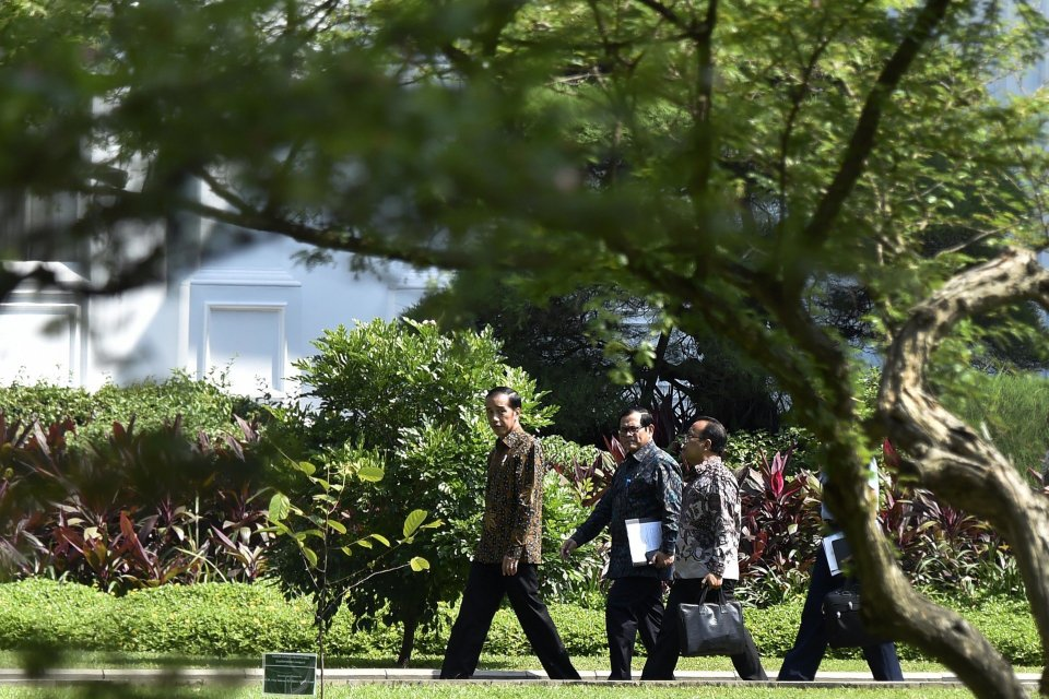 Jokowi, Pratikno