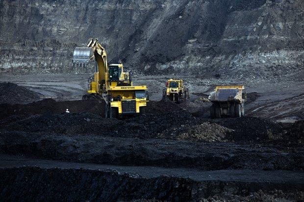 harga batu bara, apbi, hendra sinadia, batu bara