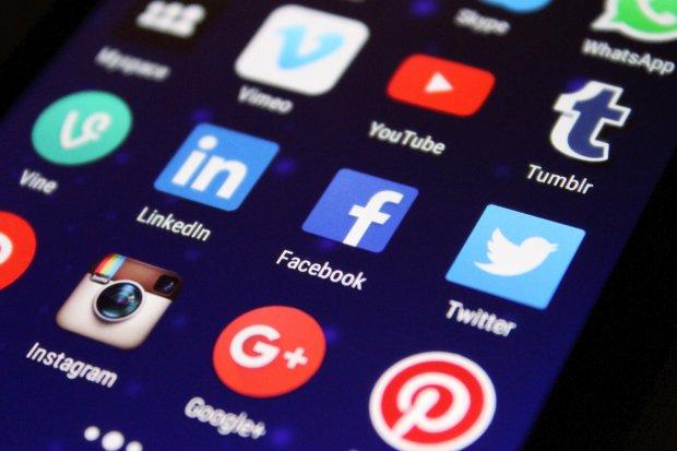 Kominfo Diminta Maksimalkan Literasi Digital Ketimbang Blokir Medsos