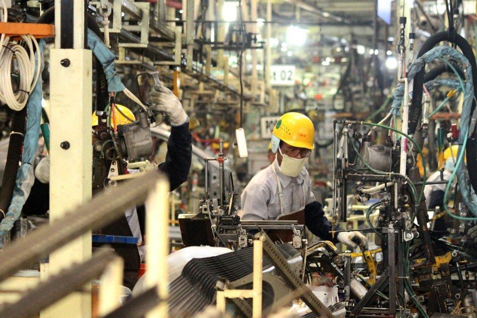 BPS mencatat pertumbuhan produksi industri manufaktur melambat pada twiwulan I 2019.
