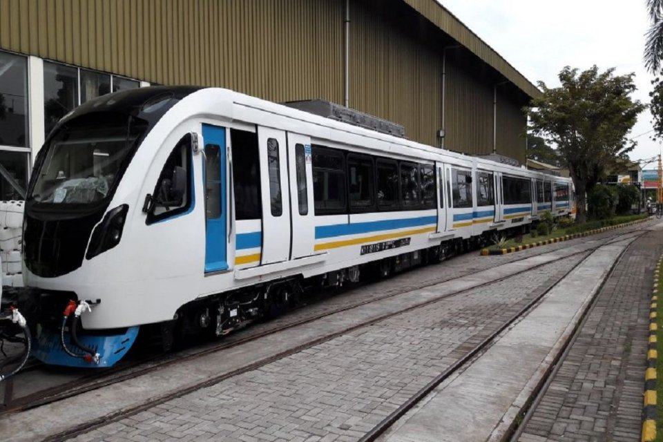 LRT Palembang buatan INKA