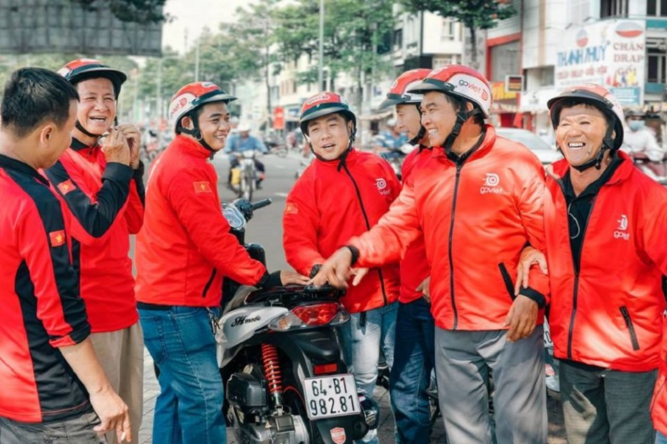 Vietnam Akan Batasi Jam Kerja Mahasiswa yang Jadi pengemudi Ojek Online gojek dan grab