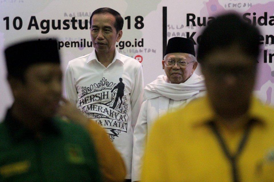 Pasangan capres dan cawapres, Joko Widodo dan Ma\'ruf Amin, saat pendaftaran capres di KPU Pusat, Jakarta, Jumat, (10/08)