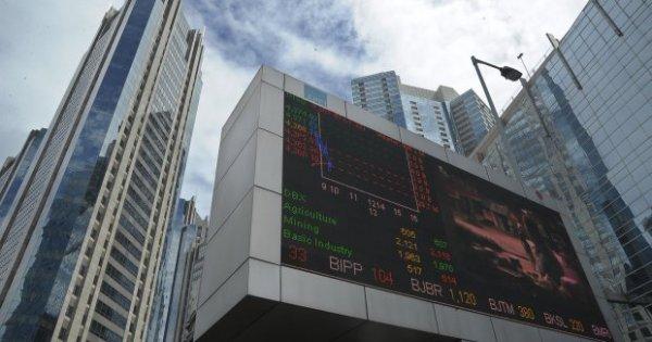 PEHA Catatkan Saham di Bursa, Phapros Tak Jual Saham dan Raup Dana Segar - Katadata News