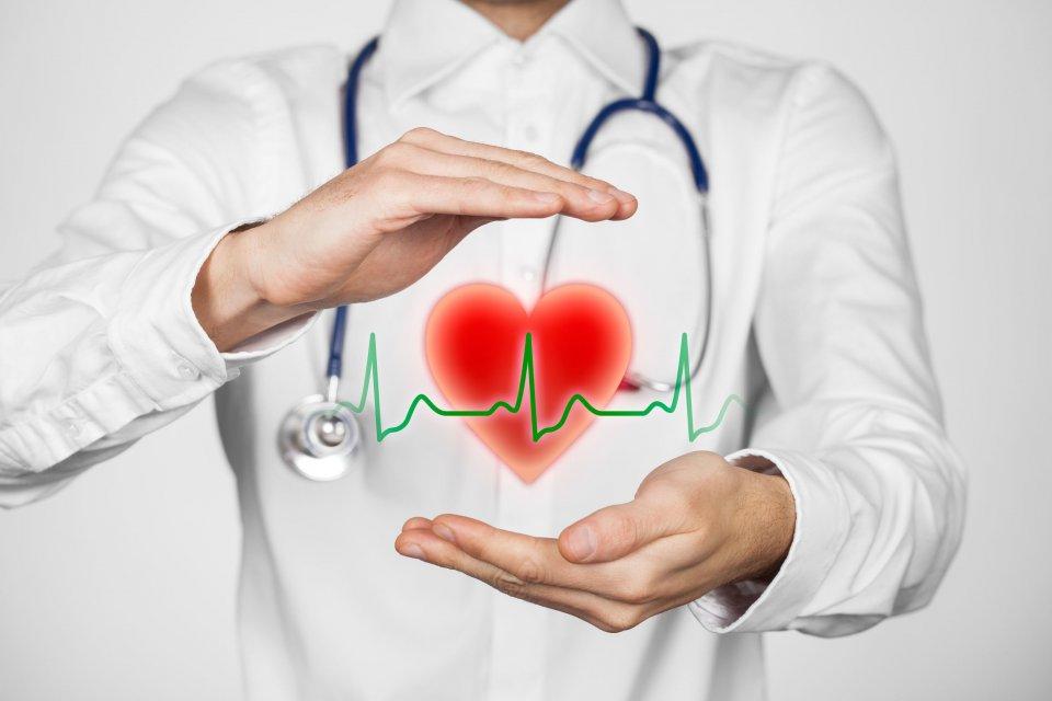 Telaah - Asuransi Kesehatan