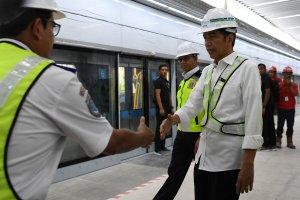 Jokowi Jajal MRT