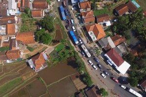 Kemacetan di jalur Nagreg, Jawa Barat