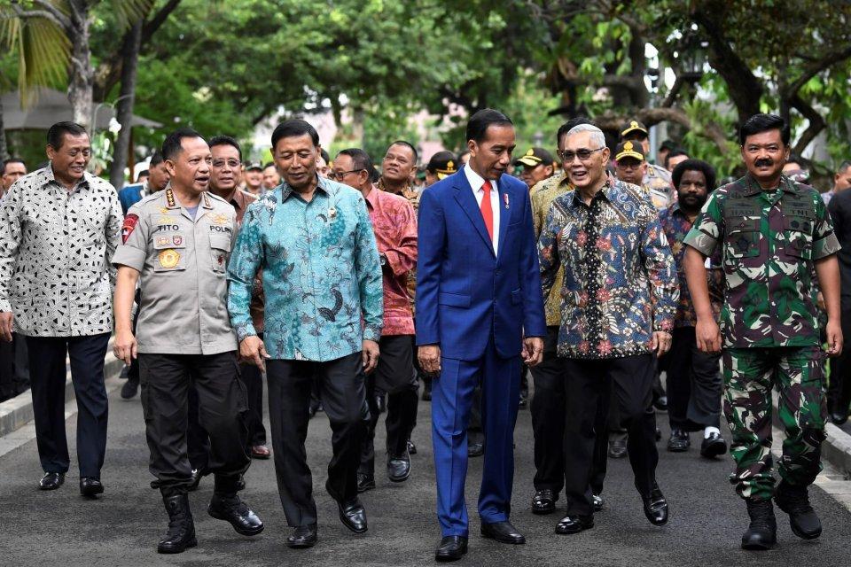 Presiden Joko Widodo usai Rapim TNI-Polri