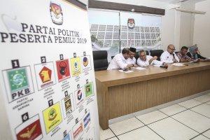 KPU umumkan daftar caleg eks napi kasus korupsi