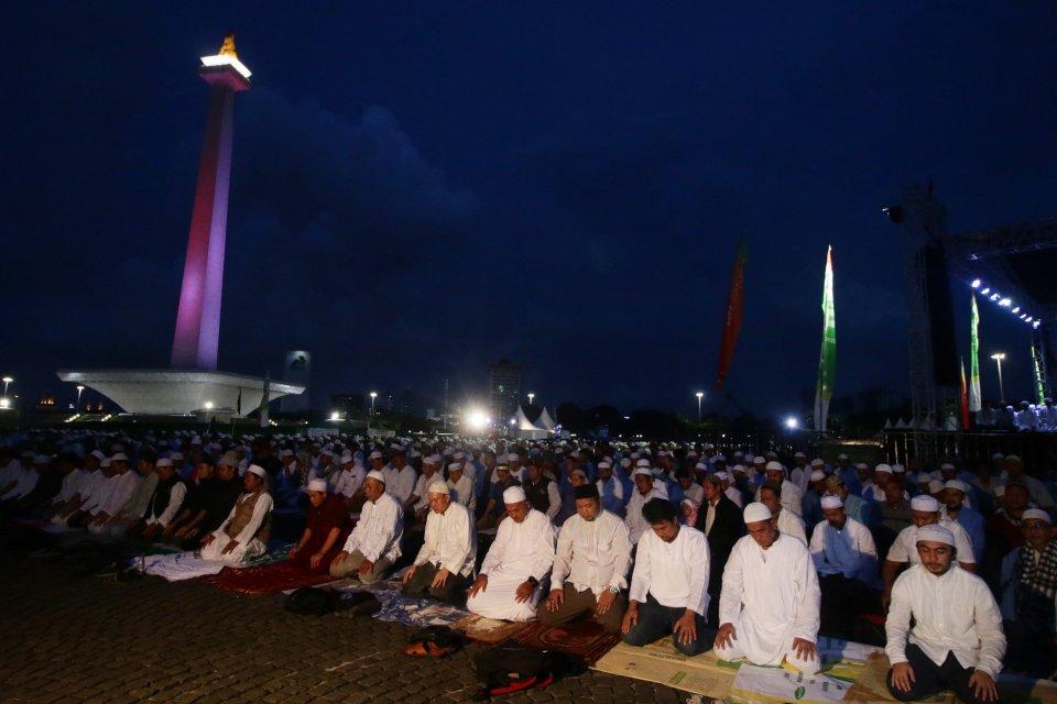 Malam Munajat 212 di Monas, Jakarta