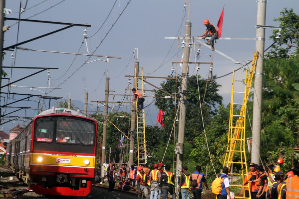 Listrik mati massal pada awal Agustus membuat jumlah penumpang kereta api menurun