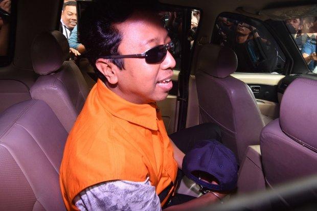 Mantan Ketua Umum PPP Romahurmuziy menjadi tersangka kasus jual beli jabatan di Kementerian Agama.