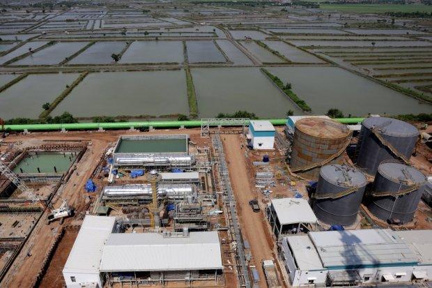 Ilustrasi, proyek pembangkit listrik tenaga uap (PLTU). Kementerian ESDM mencatat ada tujuh proyek pembangkit listrik 35.000 MW yang terhambat karena pandemi corona.