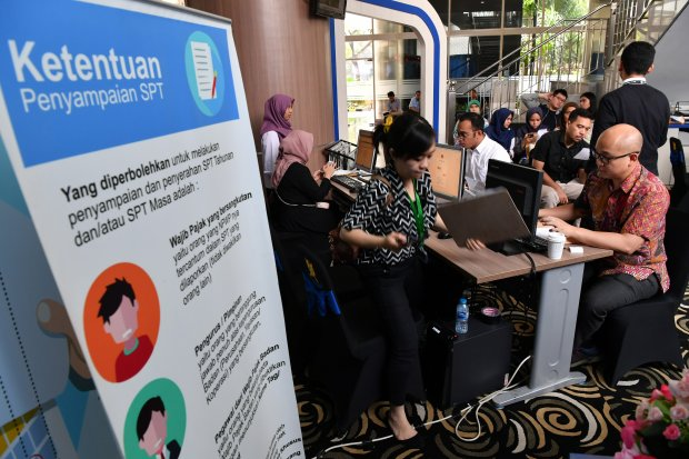 Tokopedia dan Bukalapak menyediakan fitur bayar pajak.