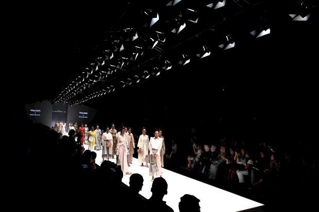Fesyen, Industri, Tekstil.