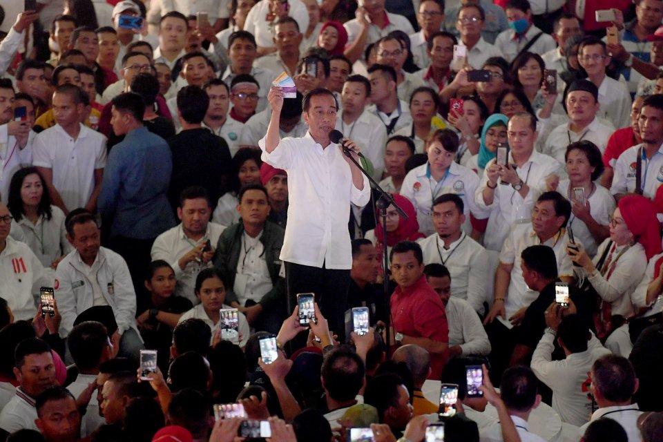 Pemilu, Pilpres 2019, Jokowi, Prabowo, Ma\'ruf, Sandiaga, hasil hitung cepat, quick count, data lembaga survei