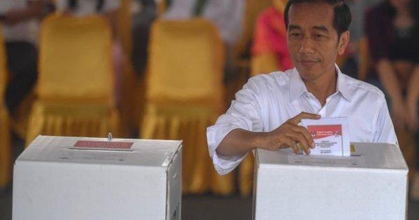 KPU: Quick Count dan Exit Polls Hanya Referensi Informasi | Katadata News