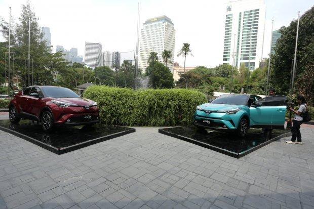 aturan mobil listrik, mobil listrik harus bersuara, mengapa mobil listrik harus bersuara?