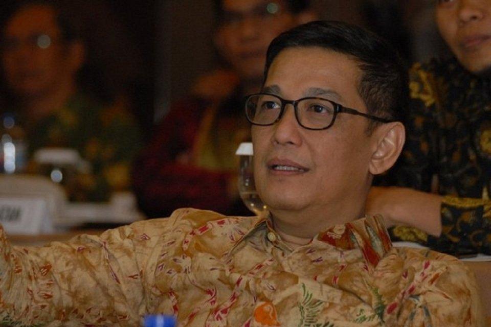 Komisioner KPI Pusat Mayong Suryo Laksono
