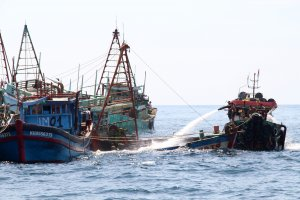 KKP Tenggelamkan Kapal Vietnam