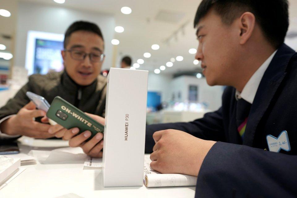 Pemerintah Tiongkok keluarkan lisensi 5G, Huawei, Jaringan 5G, Telkomsel dan XL Axiata