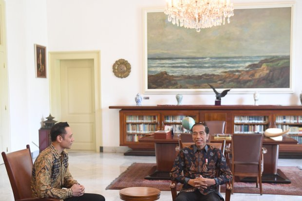Presiden Joko Widodo Menerima AHY di Istana Bogor