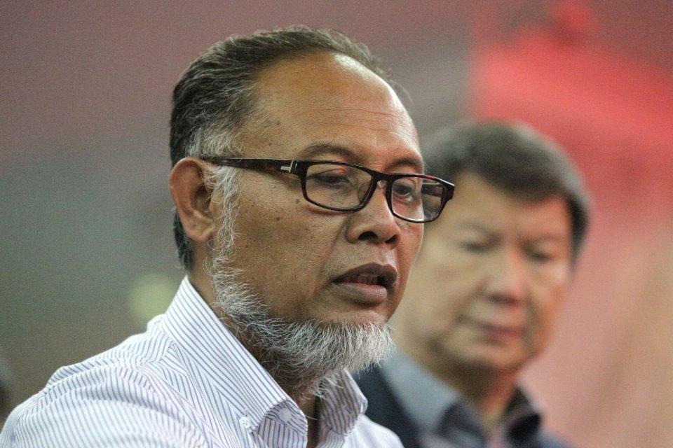 Ketua tim hukum BPN Bambang Widjojanto mendaftarkan gugatan sengketa hasil Pemilihan Presiden 2019 di Mahkamah Konstitusi. Jakarta, Jumat, 24 Mei 2019.