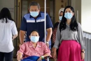 Ani Yudhoyono Sakit