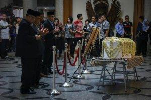 Jenazah Ani Yudhoyono