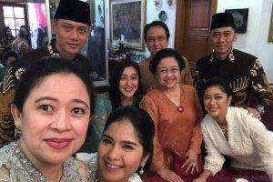 AHY dan Ibas saat mengunjungi keluarga Megawati, Rabu (5/6/2019).