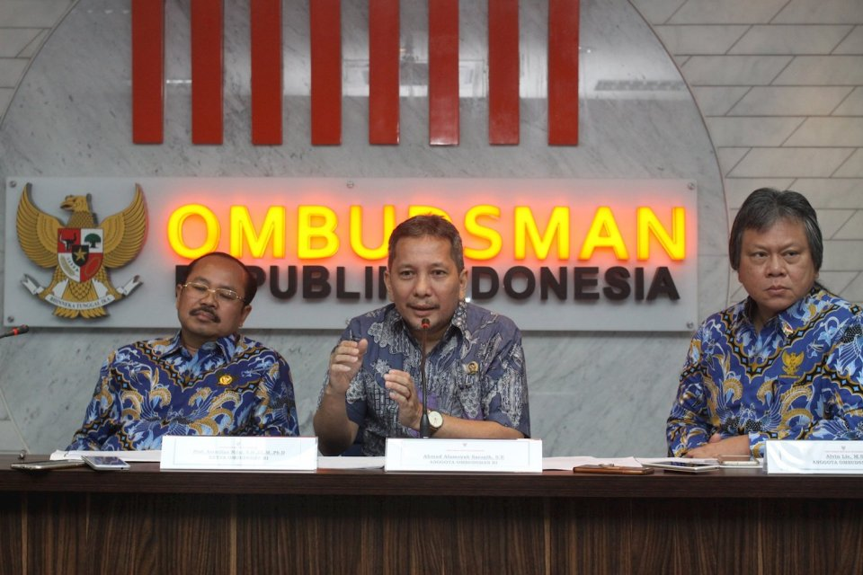 ombudsman, ruu pertanahan,