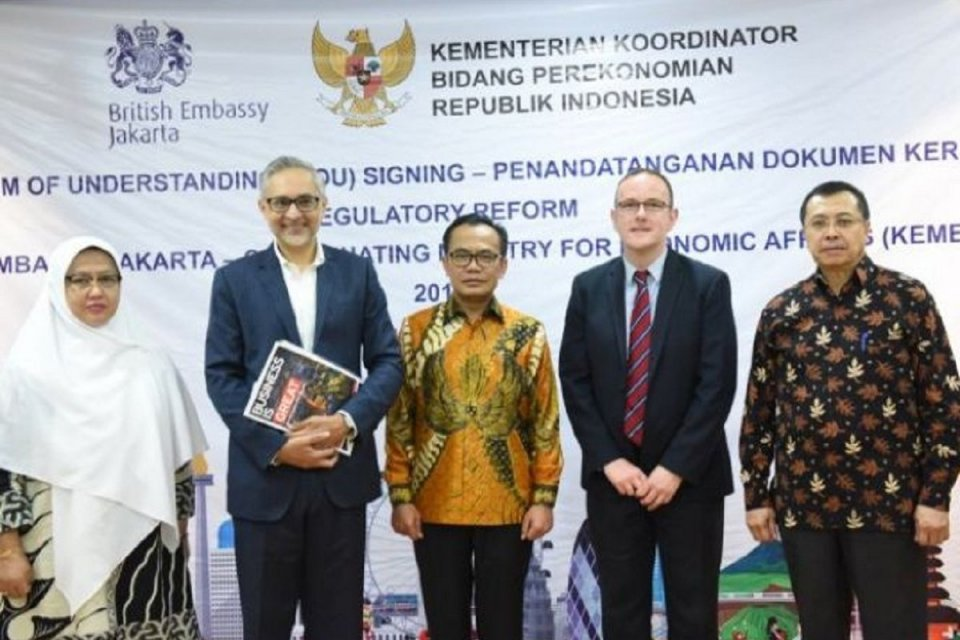 Moazzam Malik, kerja sama Indonesia Inggris