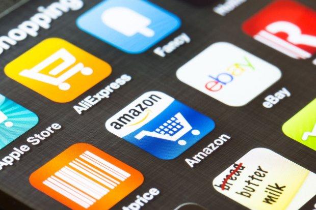 Ilustrasi, aplikasi belanja online. Sejak imbauan social distancing efek Covid-19 dikumandangkan pemerintah, ADA mencatat transaksi aplikasi belanja online meningkat sebesar 300%.