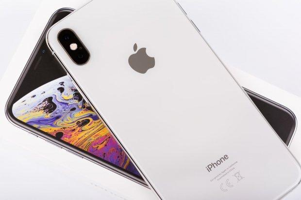 Salip Samsung, iPhone Rajai Pasar Smartphone Terlaris Semester I 2020.