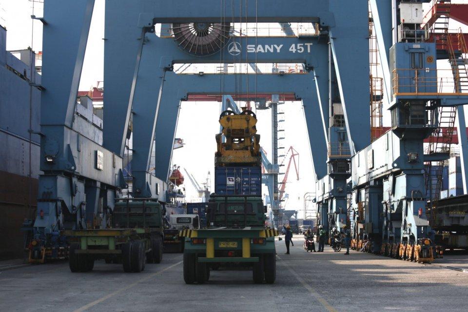 ekspor dan perundingan luar negeri diserahkan ke Kemenlu