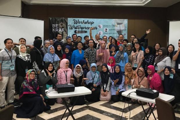 Badan Ekonomi Kreatif (Bekraf) kembali menggelar workshop bertajuk Writerprenuer Accelerate pada 25-28 Juni 2019. Workshop itu bertujuan untuk membuka wawasan penulis di Indonesia tentang bagaimana menjadi penulis yang kompeten dan dapat berkompetisi dala