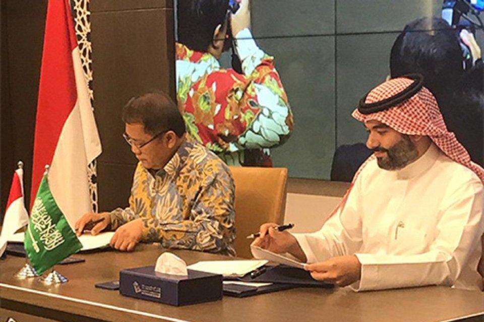 Menteri Kominfo Indonesia Rudiantara dan Menteri Komunikasi dan Teknologi Informasi Arab Saudi Abdullah Alswaha menandatangani MoU kerja sama antara kedua negara. Kominfo menggaet dua unicorn nasional, yakni Traveloka dan Tokopedia untuk terlibat dalam ko