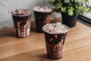 Bisnis waralaba minuman Co.choc berhasil menargetkan ekspansi 50 gerai dalam setahun.