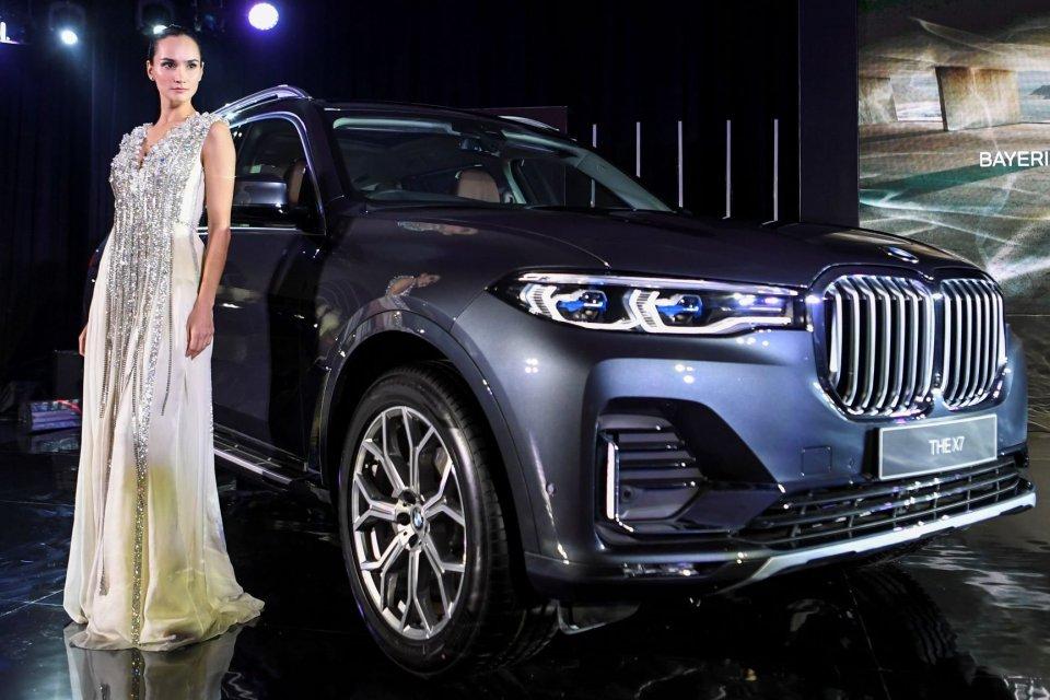 mobil-mobil baru di GIIAS 2019, BMW X7, mobil listrik Mitsubishi, DFSK, Wuling Almaz, pameran otomotif GIIAS 2019