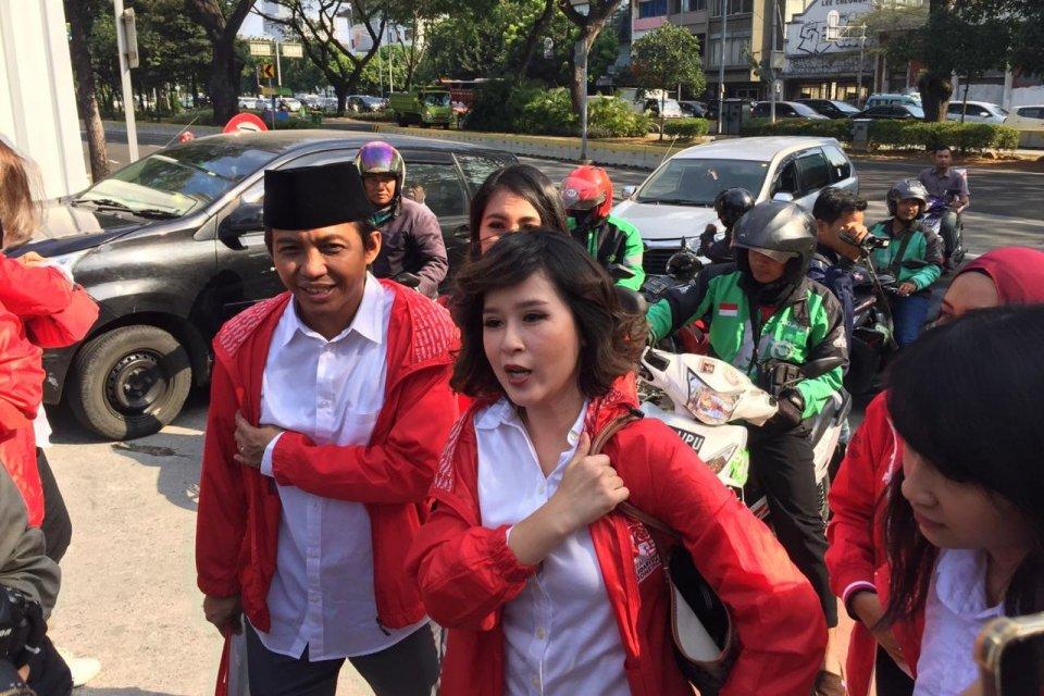Ketua Umum PSI Grace Natalie tiba di Istana untuk menemui Presiden Jokowi, Kamis (18/7).